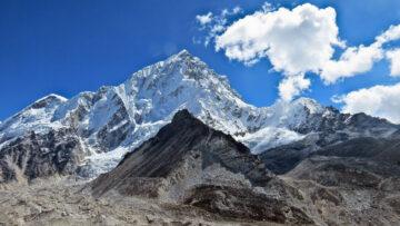 Mount Everest beklimmen vergunning Nepal