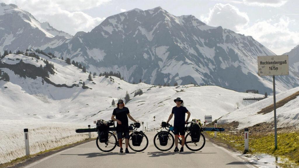 Ice & Palms bikepacking skiën Alpen